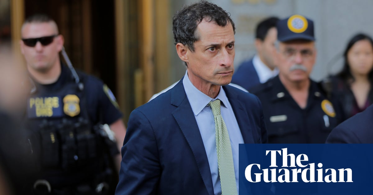 Image result for Lawyers: Teen girl Weiner sexted wanted to affect election - AP