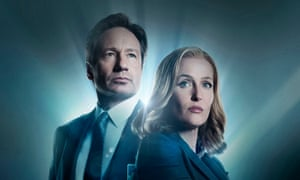 David Duchovny and Gillian Anderson as Mulder and Scully in The X-Files