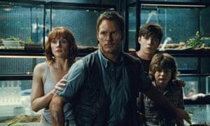 Bryce Dallas Howard, Chris Pratt, Nick Robinson and Ty Simpkins in Jurassic World.