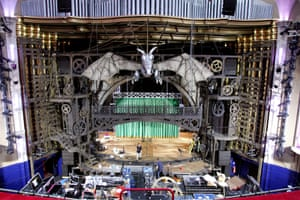 Scenery and props are moved into the Apollo in 2006