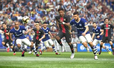 NWM Schalke play Bayer Leverkusen in Pro Evolution Soccer 2019.