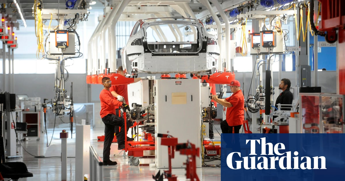 Former Tesla Workers Claim They were Fired for Using Maternity and Sick Leave