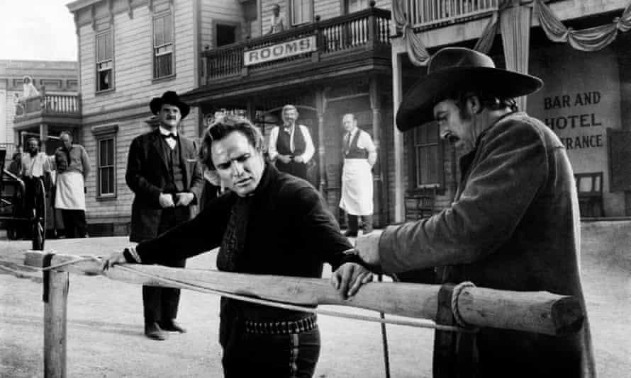 Karl Malden and Marlon Brando in One-Eyed Jacks, 1961.