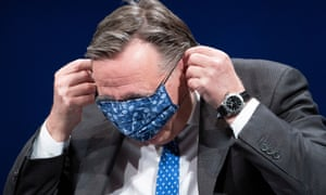 Quebec's premier, François Legault, gets himself into a muddle over masks on Friday.