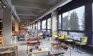 The lounge/bar/lobby at Terminal Neige Totem, Flaine