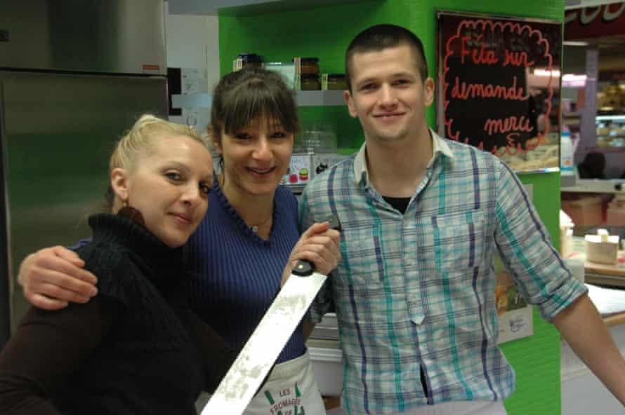 Valérie and staff at Les Fromages de Valérie, Les Halles market, Avignon