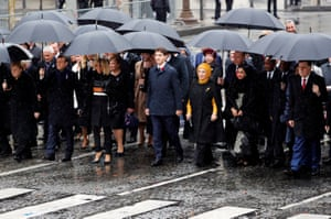 The Canadian prime minister, Justin Trudeau, the Turkish president, Recep Tayyip Erdoğan, and his wife Emine, the German chancellor, Angela Merkel, the French president, Emmanuel Macron and first lady Brigitte, arrive at a commemoration ceremony