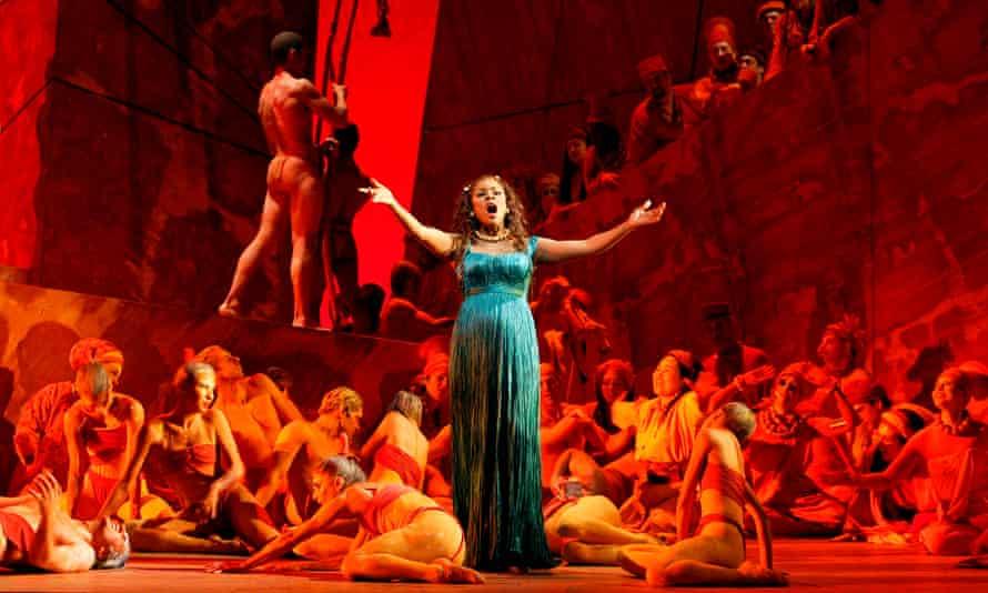 Denyce Graves in Saint-Saëns's opera Samson and Delilah at the Metropolitan Opera, New York, in 2005.