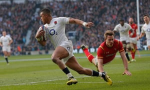 Anthony Watson runs in to score the first try for England.