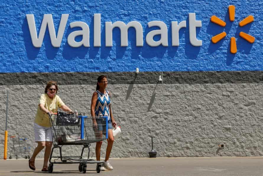 Walmart, Costco e Kroger estão vendendo carne bovina importada do Brasil pela subsidiária Sampco da JBS.