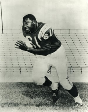 Ernie Barnes playing for the San Diego Chargers between 1960 and 1962.