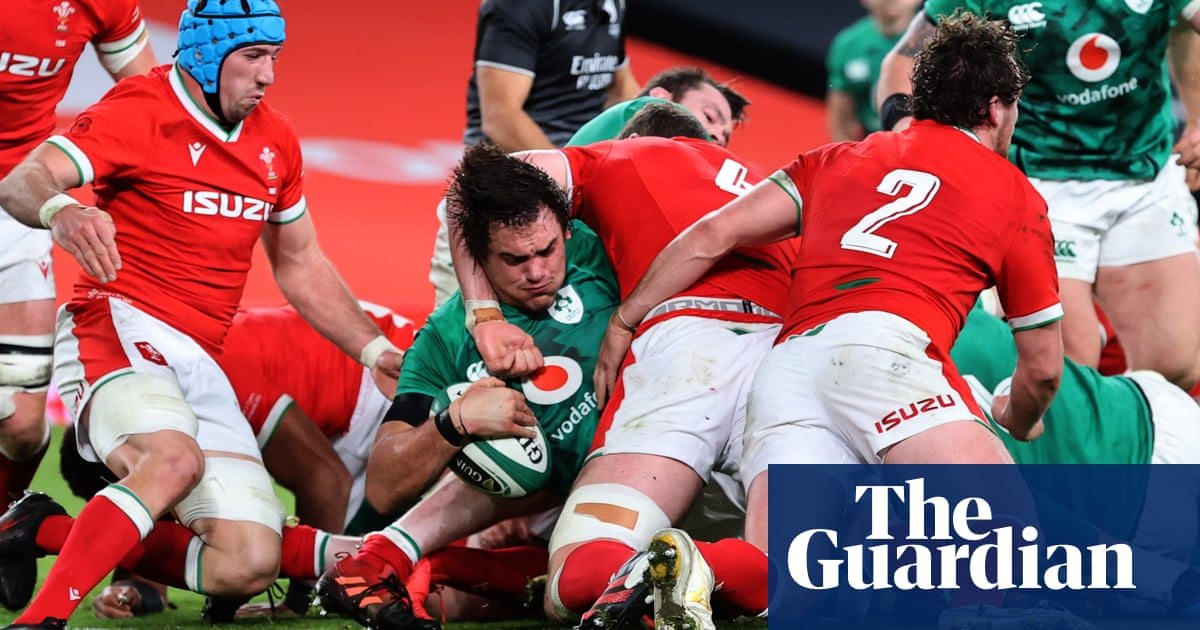 Ireland pile pressure on Pivac as Wales slip to sixth straight defeat