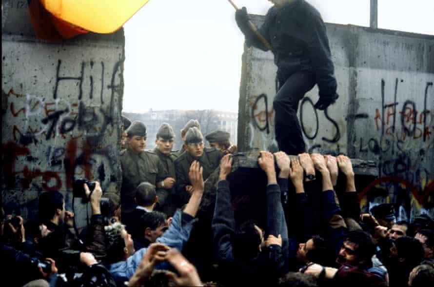 Fall Berlin Wall