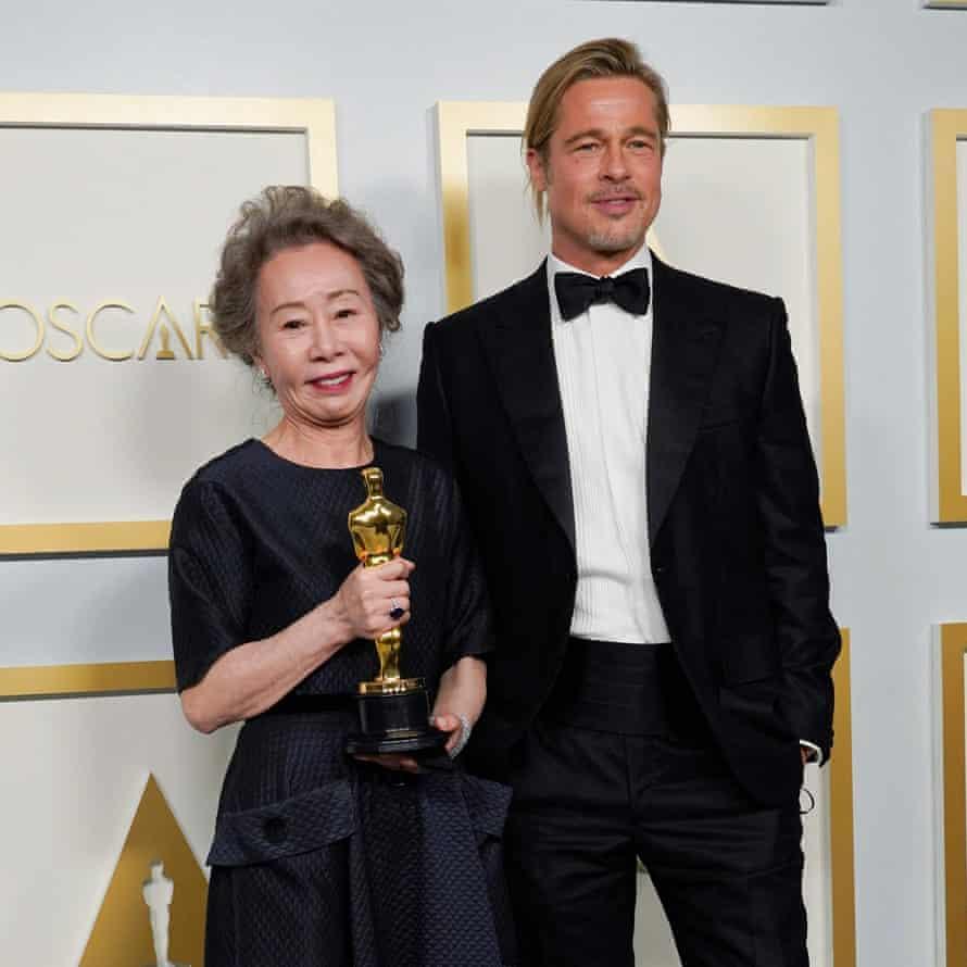 'I didn't smell him' … Youn Yuh-jung and Brad Pitt.