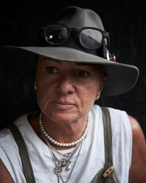 Women with grey brimmed hat on