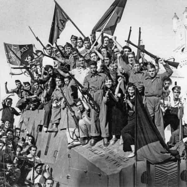 The anarchist left in Barcelona, pictured at the start of the war in 1936
