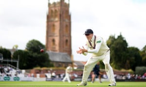 Taunton is the setting for the crucial finale of the county championship season on Monday when Somerset take on Essex, whom they trail by 12 points.