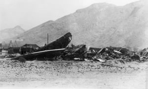 The wreckage of the B-52 plane after the crash in Palomares in 1966.<br>