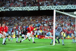 Ole Gunnar Solskjær scores his famous goal in 1999