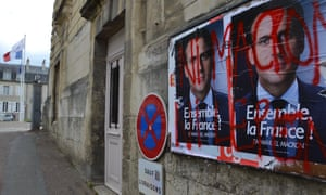 Election posters with the slogan 'neither Macron nor Le Pen' in Nevers