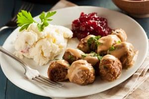 Traditional Swedish meatballs with mashed potatoes.