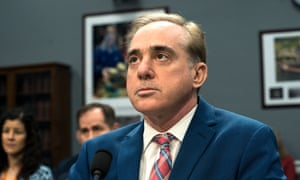 Shulkin: complaints alleged he asked a member of his security detail to lug his Home Depot purchases into his home.