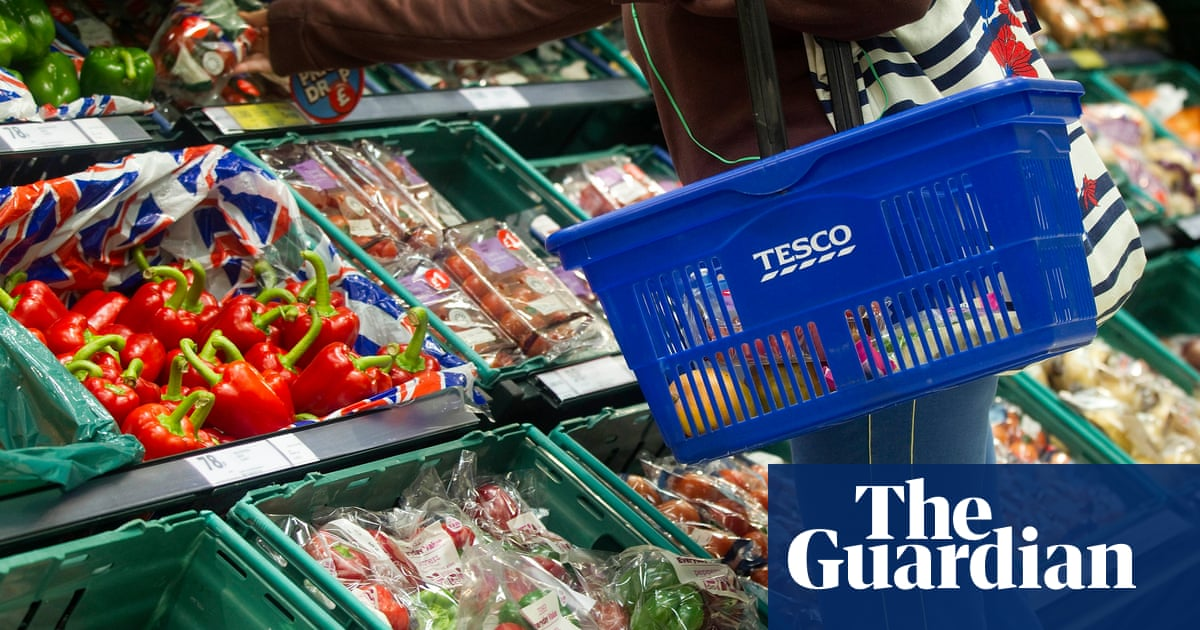 Tesco to scrap 'best before' dates from fruit and vegetable