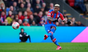 Patrick van Aanholt scores Crystal Palace's goal against Newcastle with a free-kick just before half-time.