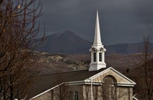 A Mormon ward near the Draper Temple.