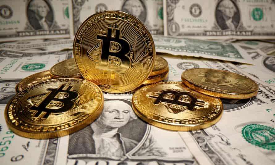 bitcoins and US dollars