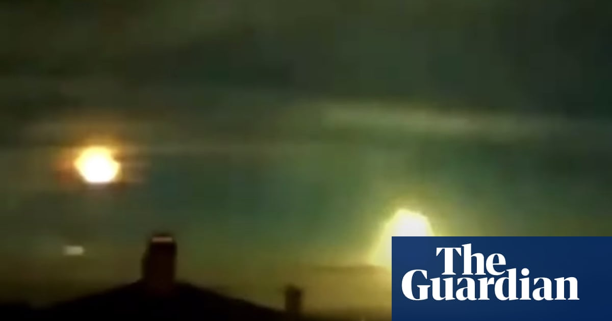 Rumbling meteor lights up Norway, prompting search for meteorites