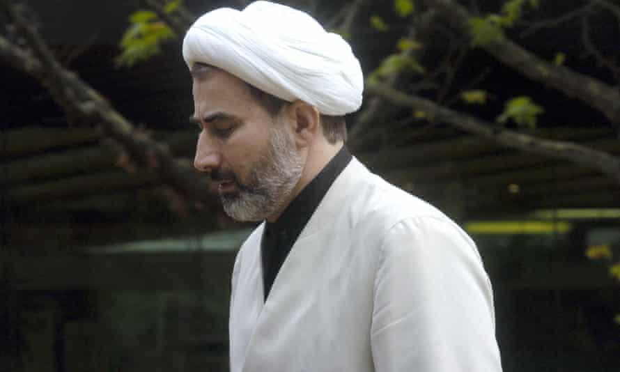 Sheikh Mansour Leghaei in 2005.