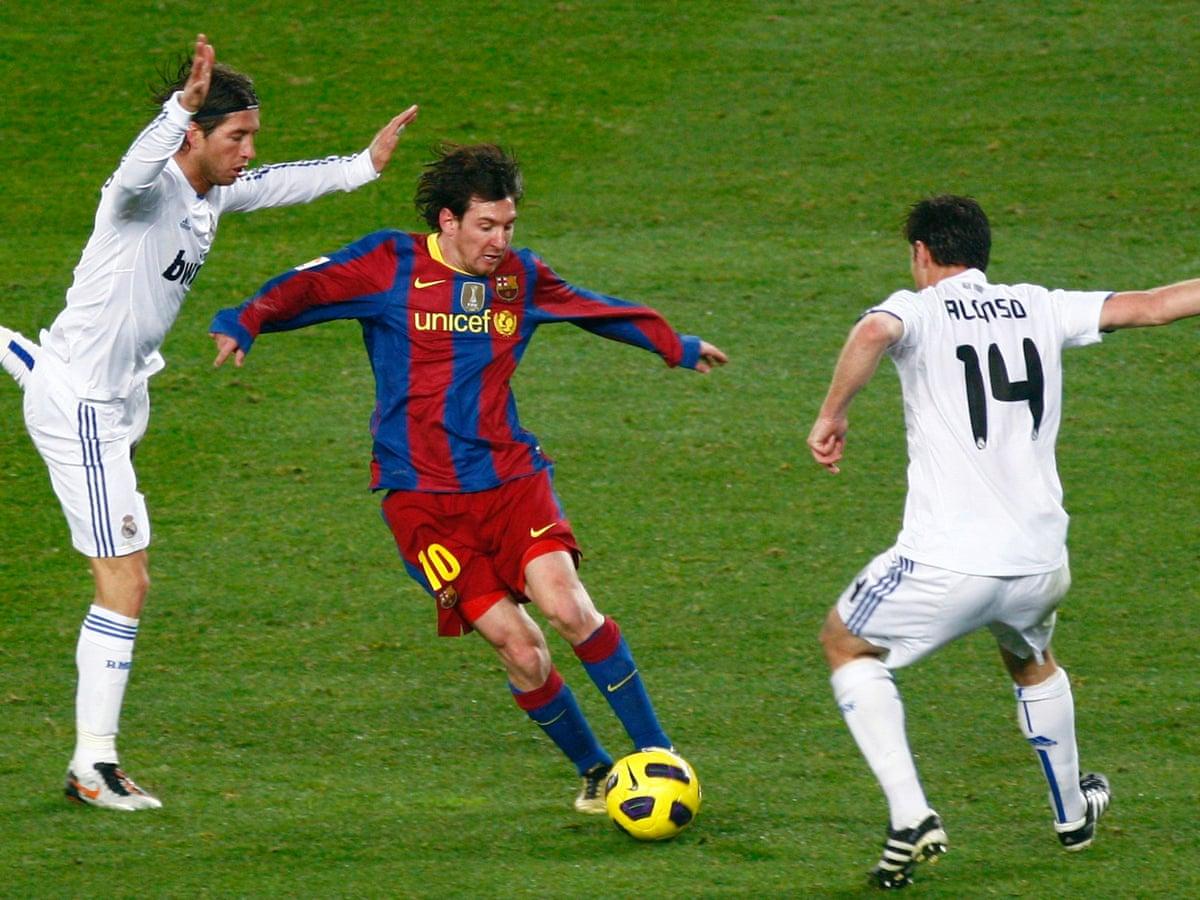 my favourite game barcelona v real madrid la liga 2010 rob bleaney football the guardian barcelona v real madrid la liga 2010