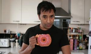 Rhik Samadder with the Donut Mug.