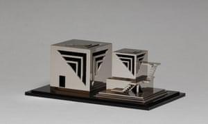 A model of Kiko Mozuna's Anti-Dwelling Box.