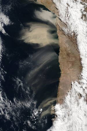 Dust storm off of Chile