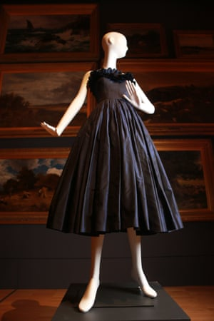 Cocktail dress (1949–1950) by MolyneuxSilk (taffeta)