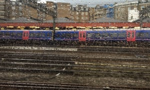 Derailed train causes severe disruption at Paddington