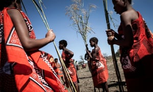 Women take part in Swaziland's annual Umhlanga festival