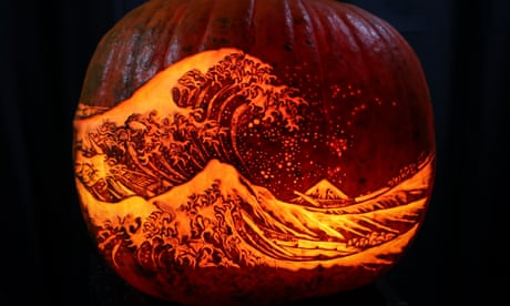 The art of pumpkin carving – in pictures