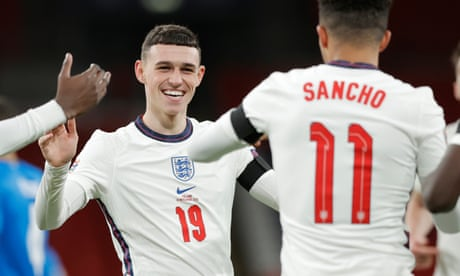 Foden's sparkling double sinks Iceland and completes return from England cold