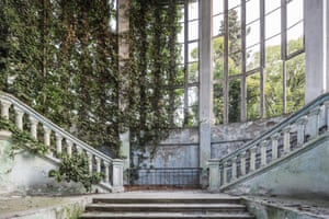 Place category winner and overall winner: Theater, Abkhazia by Jonk. Jonk is a freelance self-taught photographer whose work focuses on humans and their relationship with nature. His images aim to raise awareness of the ecological crisis facing humanity. Fascinated by abandoned places reclaimed by nature, in 2018 he published Naturalia: A Chronicle of Contemporary Ruins, which asks the fundamental question: what is the place of humans on Earth and their relationship with nature?