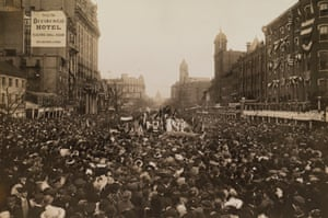 Photo of a women's suffrage march on Pennsylvania Avenue in Washington DC, which was published in the 1913 issue of National Geographic.
