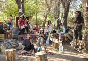 Paloma, Gabriel, Teresa Victor, José, Sofie, Macarena, Jorge, Coinquilini, Deserto Atacama, Spain, 2020.