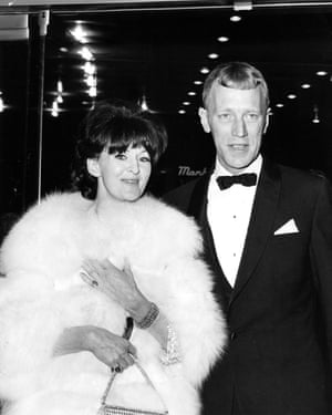Max von Sydow and his wife Christina Olin arrive at the Cinerama Theatre in Hollywood for the premiere of The Greatest Story Ever Told, on 16 February 1965.