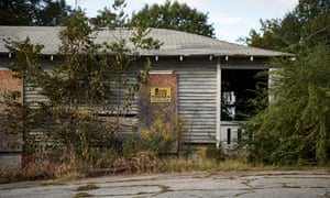 Housing in the Pittsburgh neihborhood of Atlanta, GA