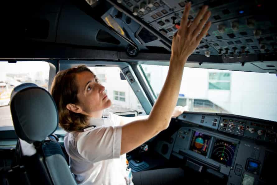 Captain Marnie Irwin-Munns, easyJet