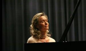 Pianist Elizabeth Sombart.