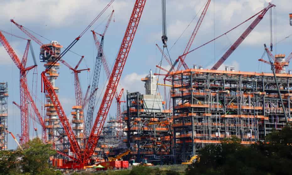 Shell's 'cracker' plant under construction in Pennsylvania.