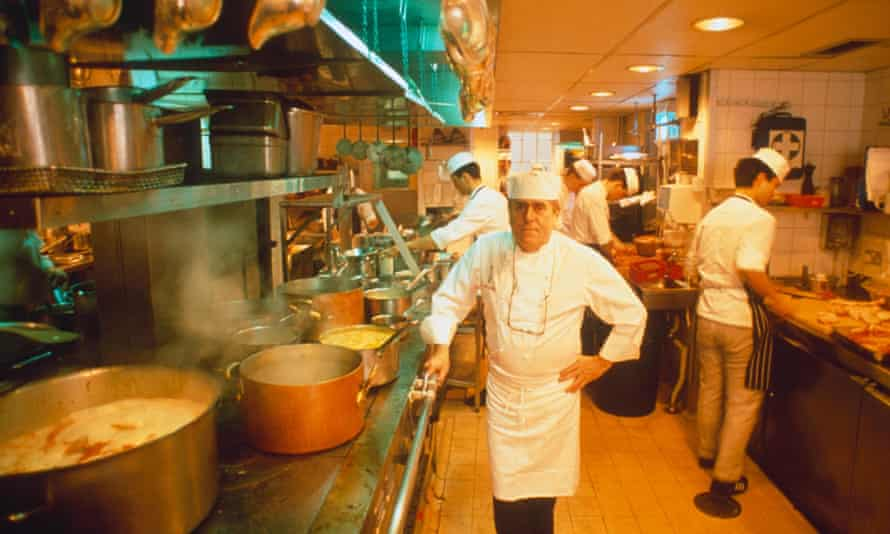 Albert Roux in the kitchen of Le Gavroche in 1989.